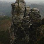"""Kletterfels """"Mönch"""" im Gebiet von Rathen"""